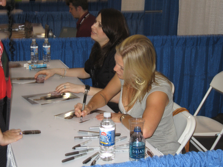 Katee Sackhoff @ Wizard World Philly